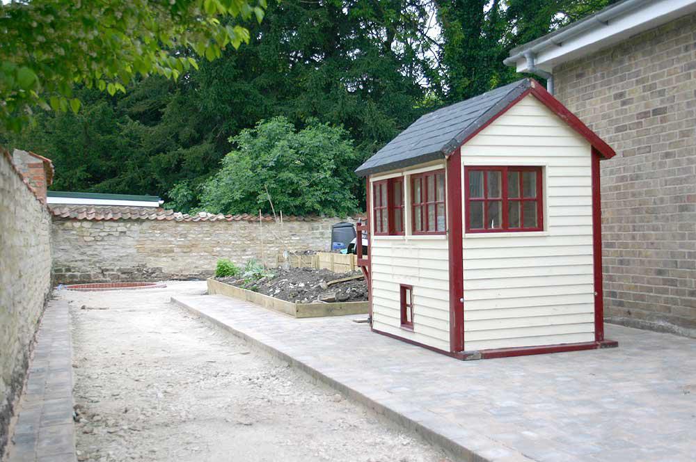 Garden Railway - the platform finished