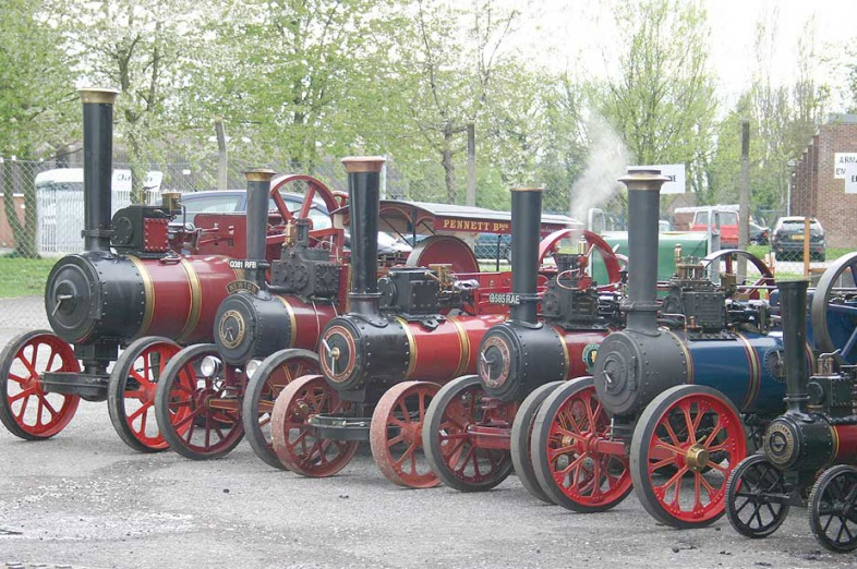 Traction engine line up