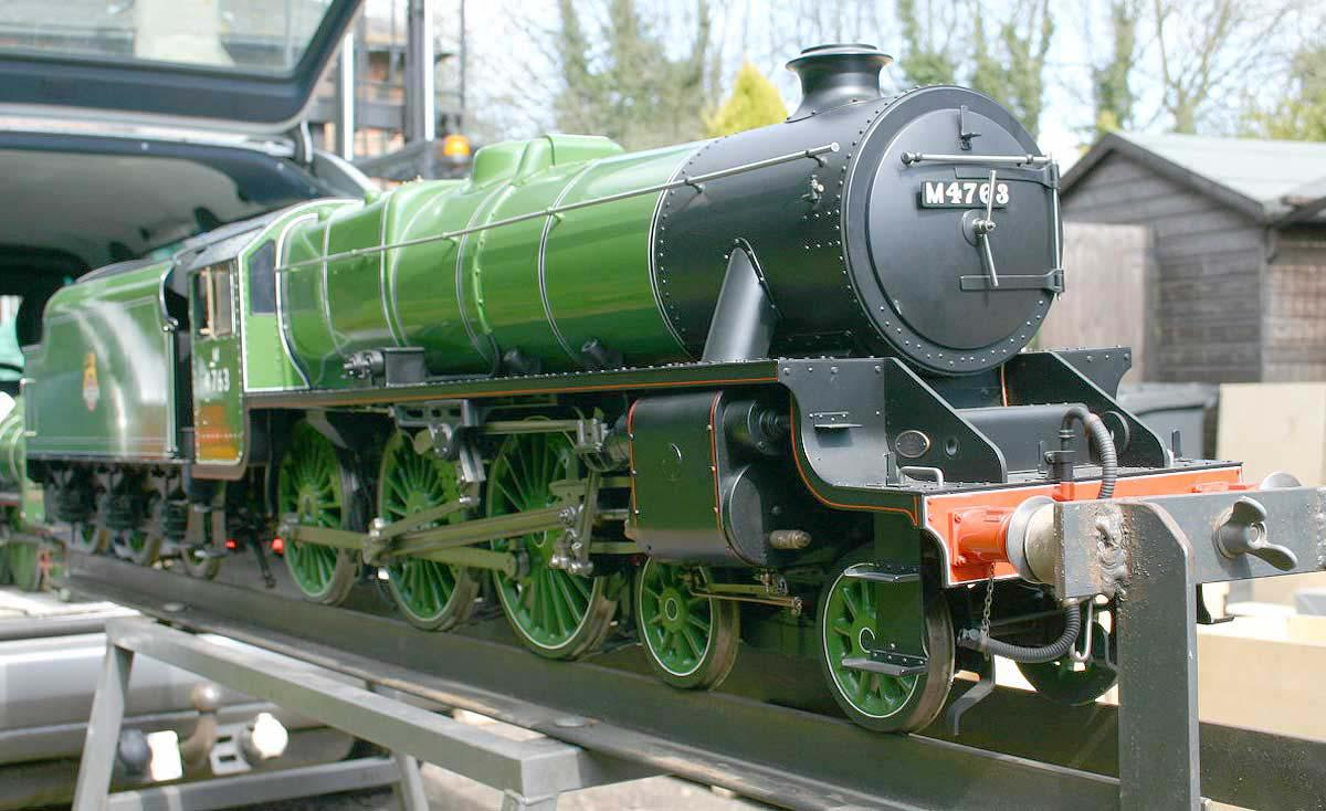 5 inch gauge Stanier Black 5 apple green livery - Stock code