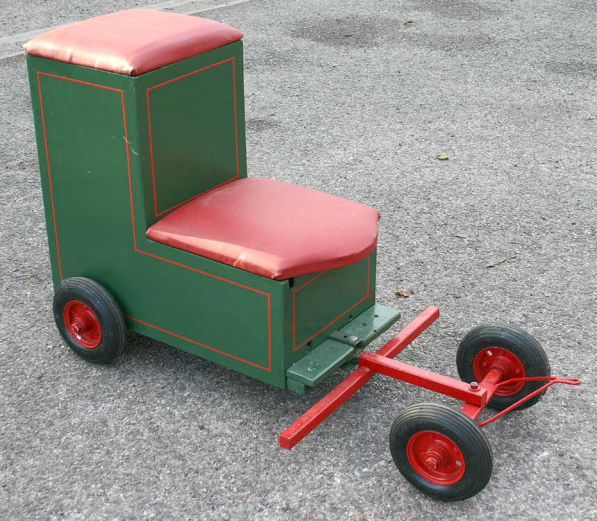 Traction engine riding trolley