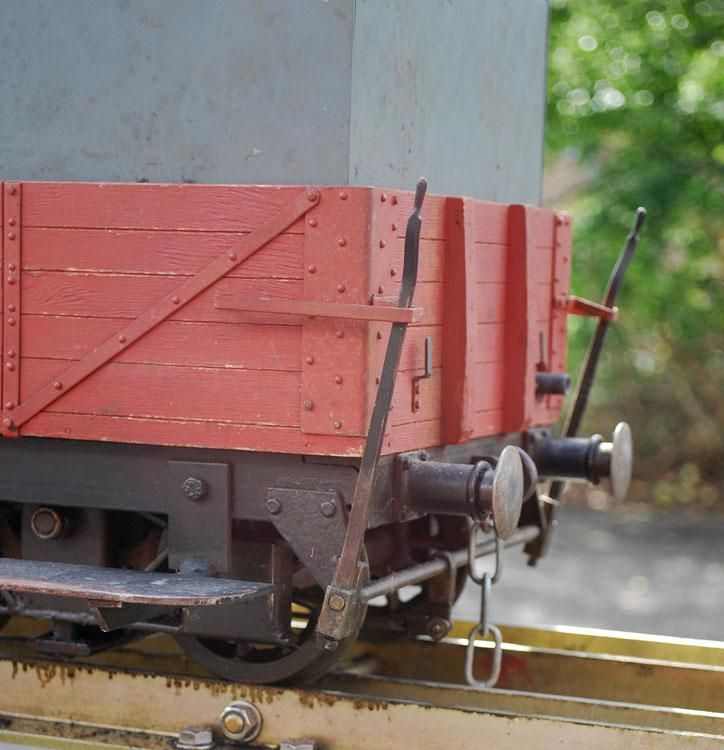 5 inch gauge ground level braked bogie driving truck
