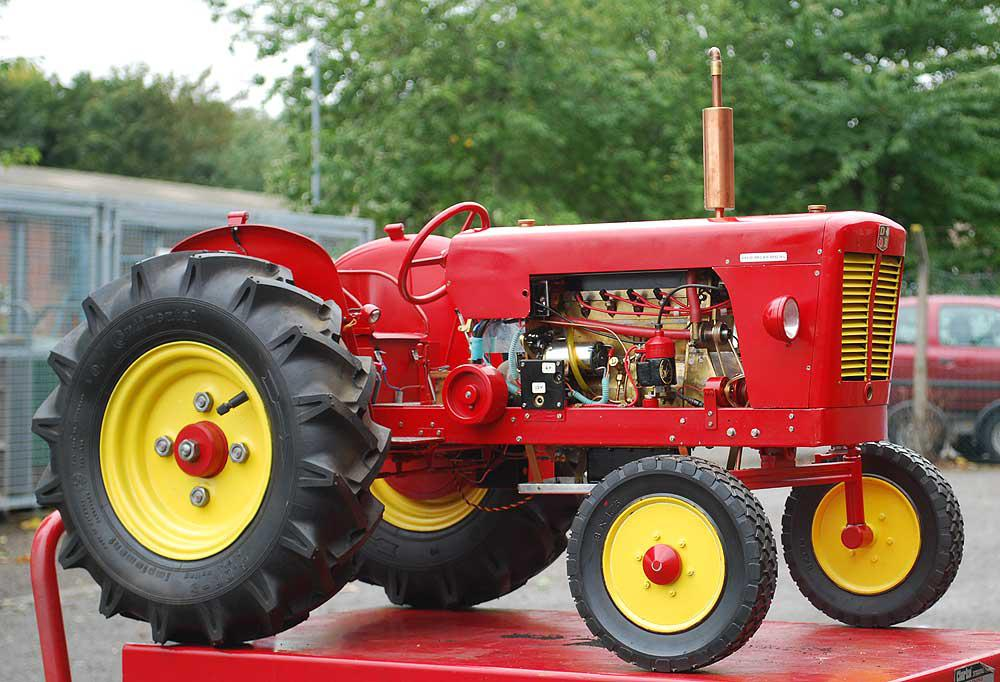 3 inch scale David Brown tractor