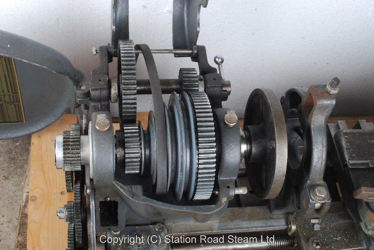 Atlas lathe with faceplate & steady