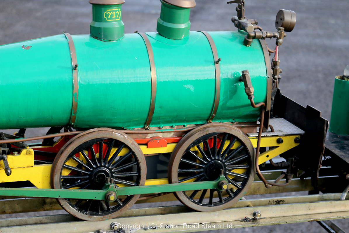 5 inch gauge American 4-4-0 with commercial boiler