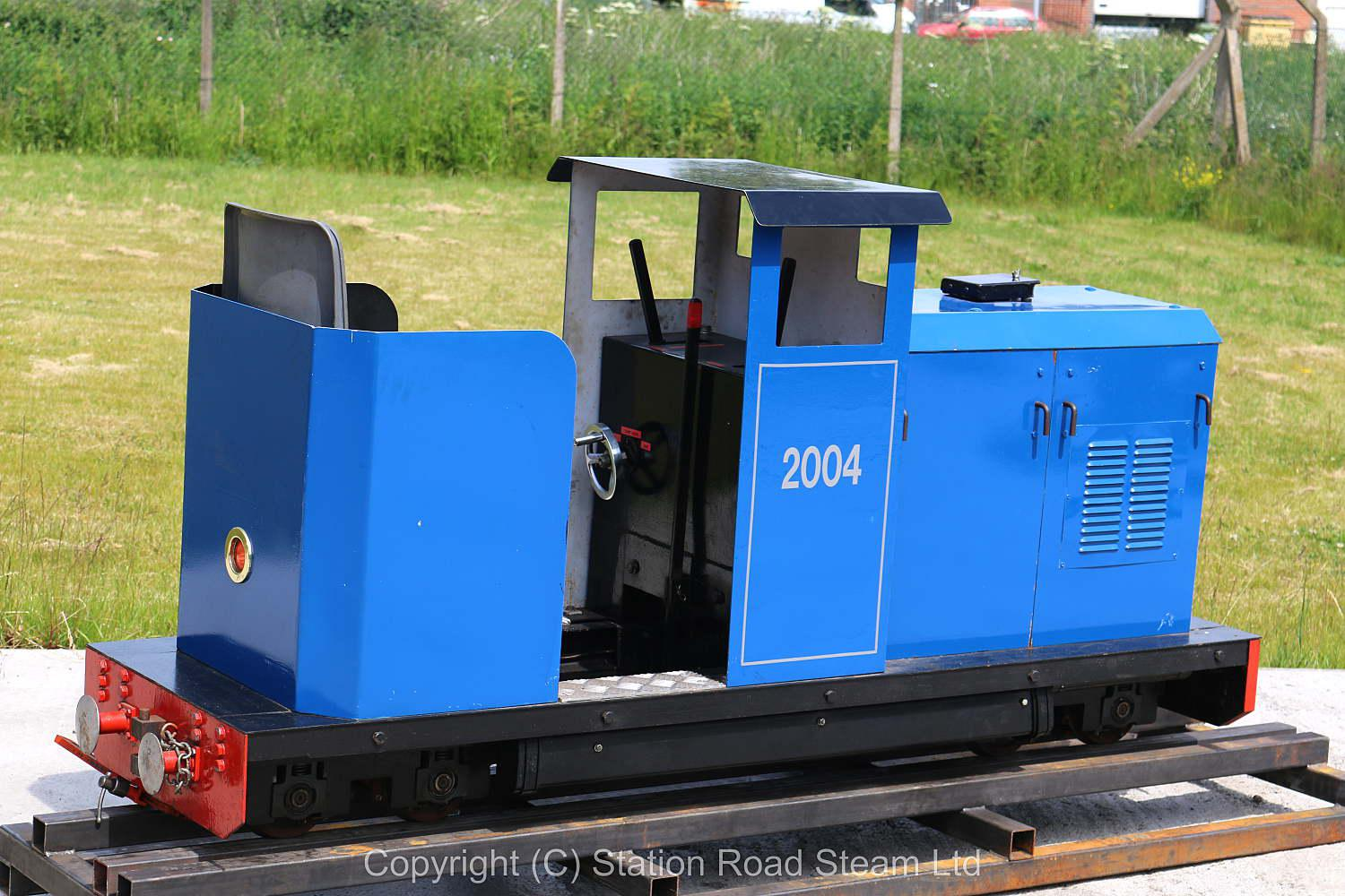 7 1/4  inch  gauge sit-in petrol-hydraulic shunter