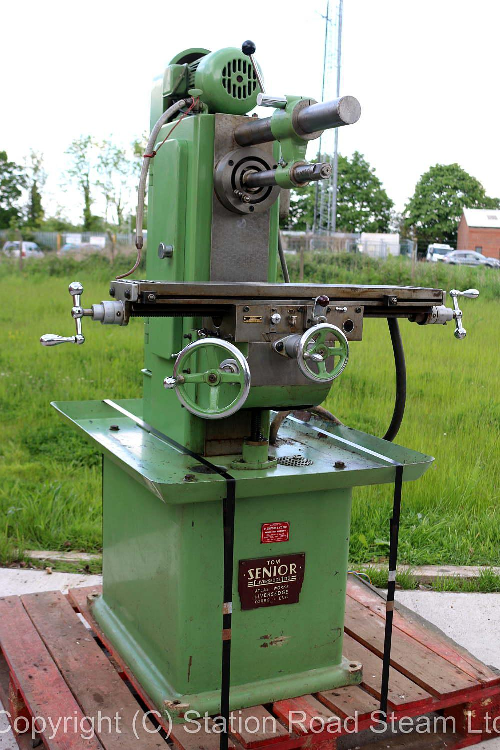 Tom Senior Major horizontal milling machine with vertical head