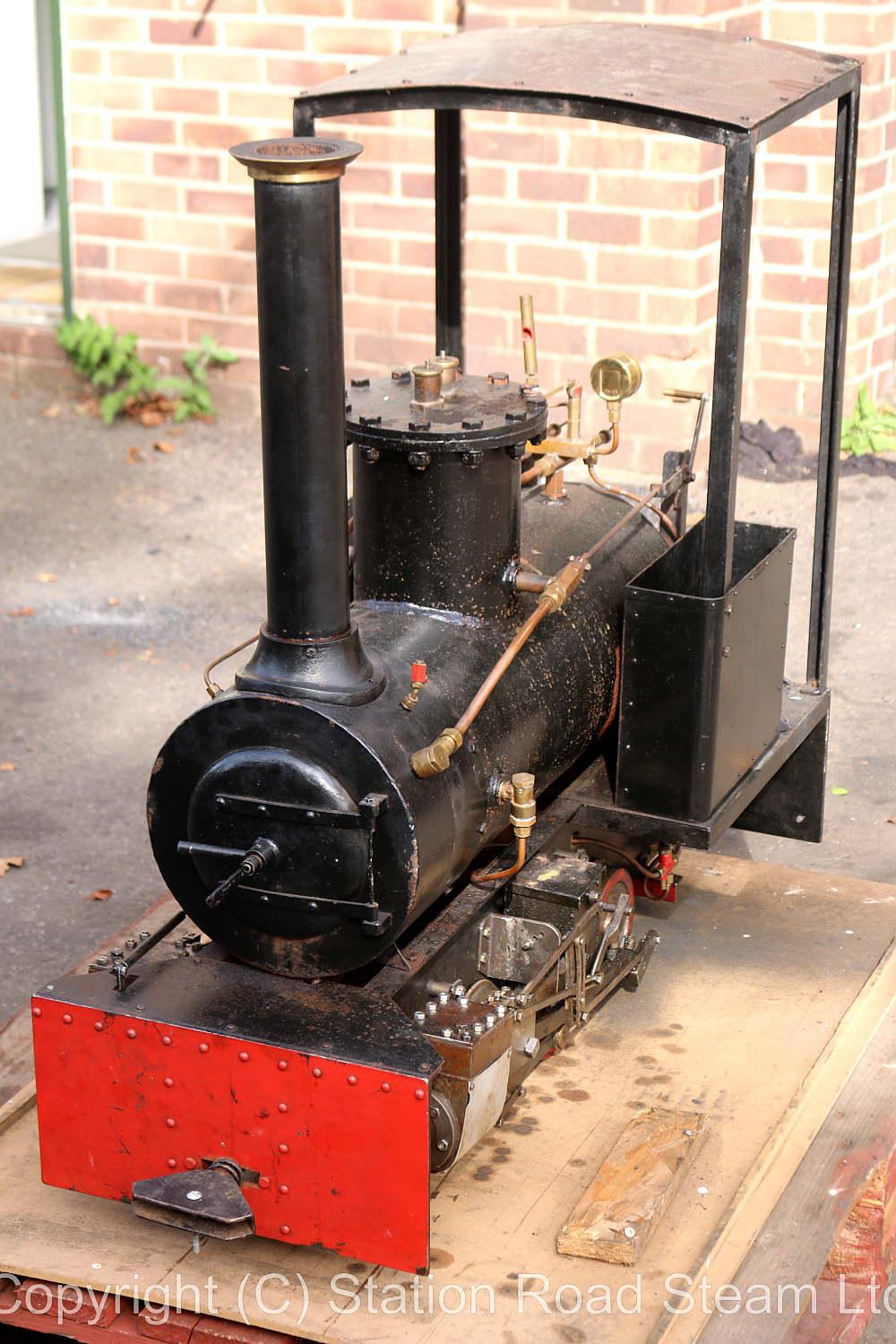 7 1/4 inch narrow gauge 0-6-0 with driving truck