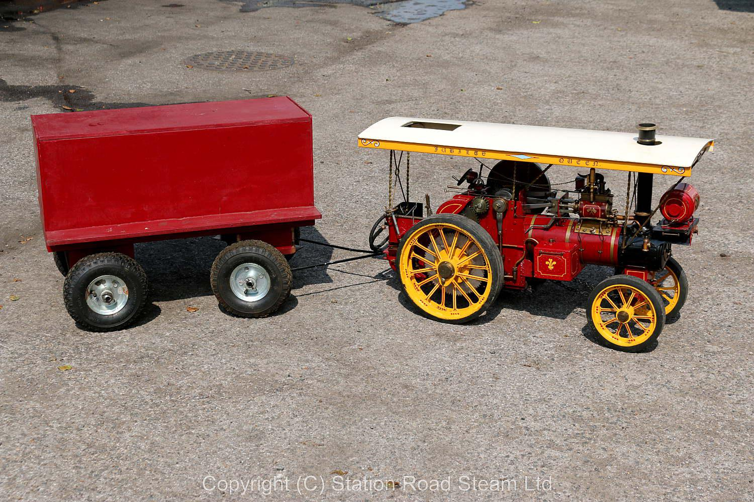 2 1/2 inch scale Showmans tractor with driving truck