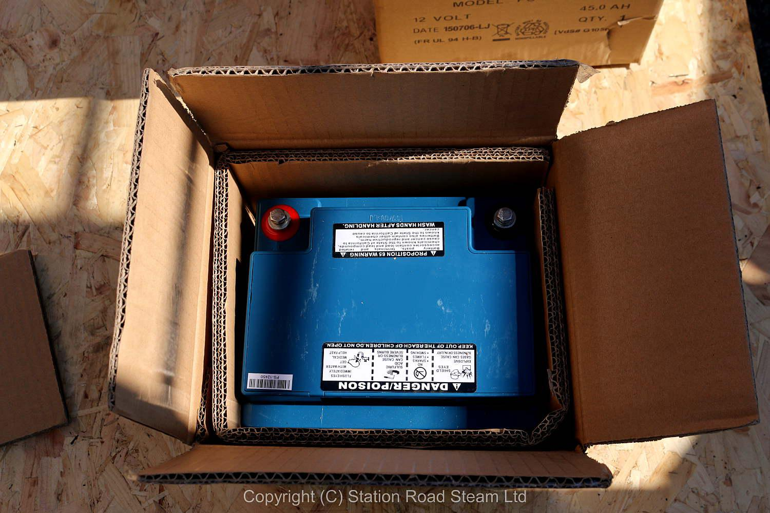 5 inch gauge Class 37 battery electric with new batteries