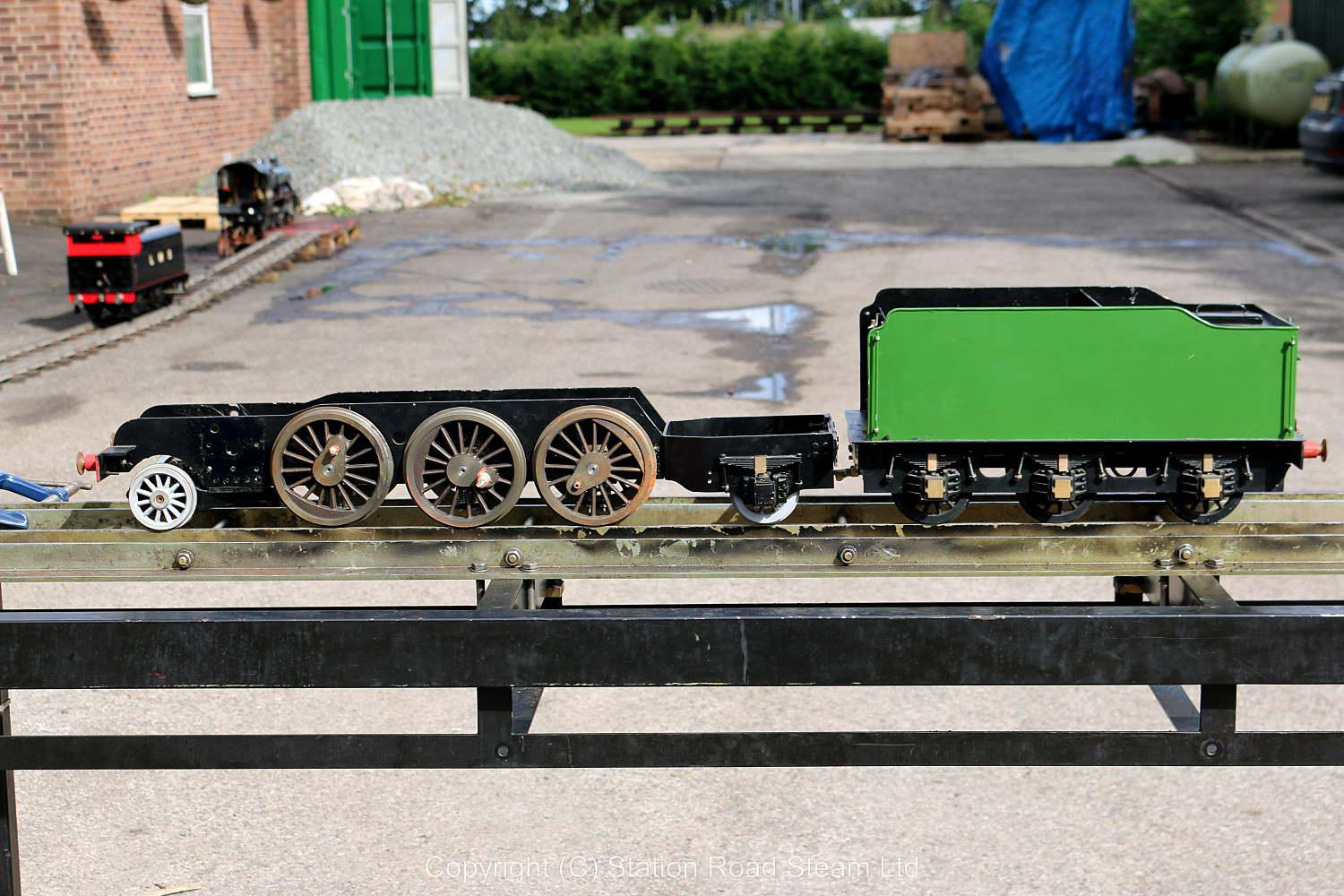 3 1/2 inch gauge LNER V4 2-6-2 chassis with tender